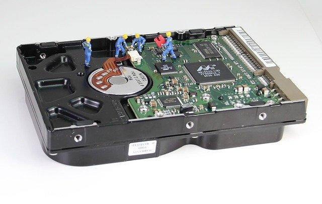 पाटा हार्डडिस्क कैसी होती है ?